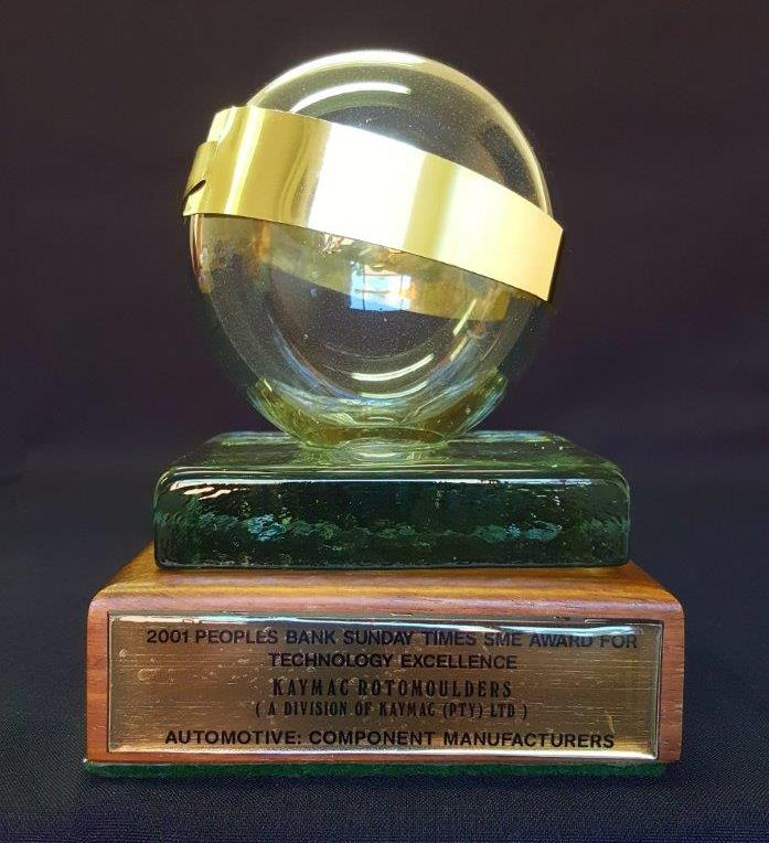 2001 – Peoples bank / Sunday Times SME Award for technology excellence – Trophy